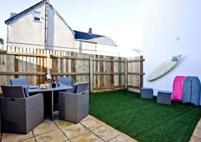 The patio & garden at Kingsley House, Newquay