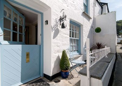 The front patio @ Libbys Cottage, Polperro