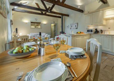 The dining area at Little Gull, Roserrow, Polzeath
