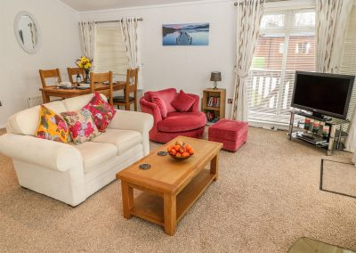 The living area at Lodge 11, Heathfield