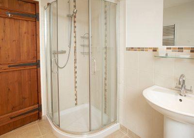 The bathroom at Harvest Moon, Lower Curscombe Barn, Feniton