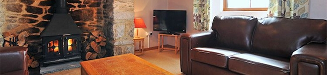 Lower Hawkstor Farm, Bodmin Moor - Traditional cottage charm in Bodmin, within a short drive of the coasts of Cornwall