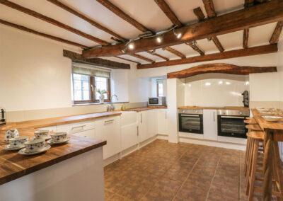 lower-west-curry-farmhouse-boyton-05