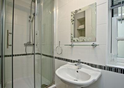 Bedroom #1 en-suite at Mallock, Cockington Cottages, Cockington