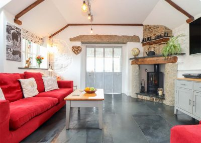 The living area at Meadowview Cottage, Trelash