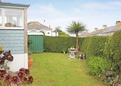 The garden at Neptune Sky Villa, St Ives