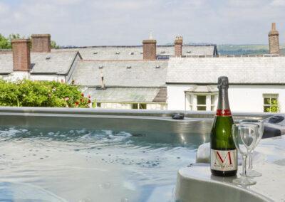 The hot tub at Newport Manor, Newport