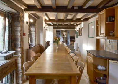 The dining area at Orchard Barn, Duvale Cottages, Bampton