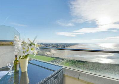 The balcony at Over The Blue Sea, Saunton