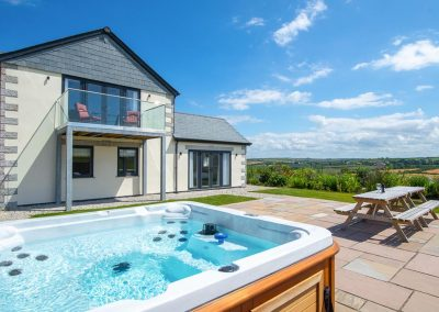 The hot tub & sun terrace at Padstow Country Barn, Trenance