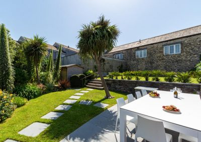 The patio & barbecue area at Padstow House, Padstow