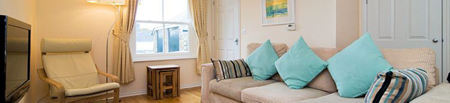 Pelican Cottage, Charlestown - A two bedroom cottage with a large enclosed garden, close to the Eden project and ideally situated for exploring South Cornwall