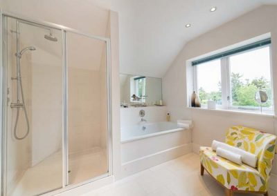Bedroom #1 en-suite at Penarvon House, Helford
