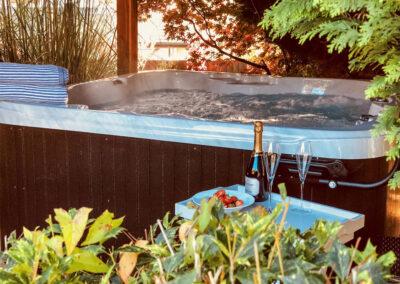 The hot tub at Penlaurel, Daws House
