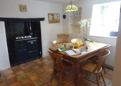 The dining area at Primrose Cottage, Drewsteignton