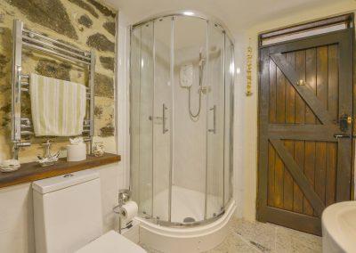 The bathroom at Rockmead, Lettaford