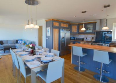 The kitchen & dining area at Seaside House, Portreath
