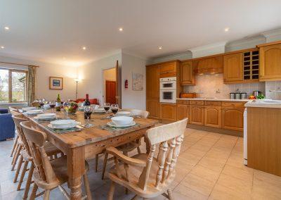 The kitchen & dining area at September Cottage, Roserrow, Polzeath