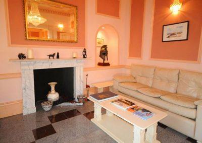 The spacious living area @ Singleton Manor, Torquay