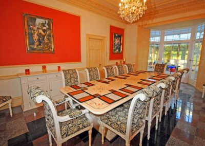 The formal dining area @ Singleton Manor, Torquay