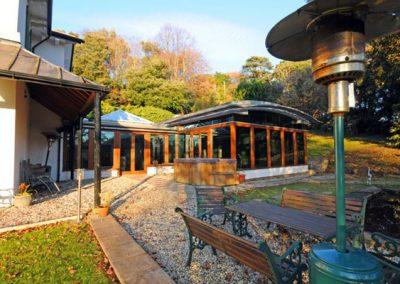 The patio & outdoor jacuzzi @ Singleton Manor, Torquay