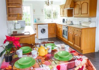 The kitchen & dining area at Spring Cottage, Furzehill