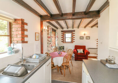 The kitchen & dining area at Stable Cottage, Colyton