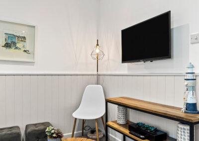 The living area at Starfish Shack, Sunnybeach Apartments, Paignton