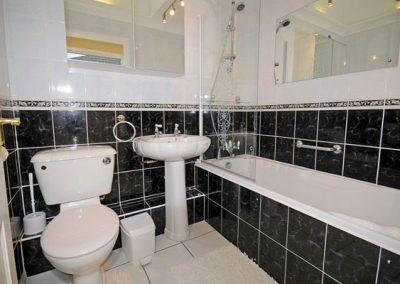 The bathroom @ Sundeck, Brixham