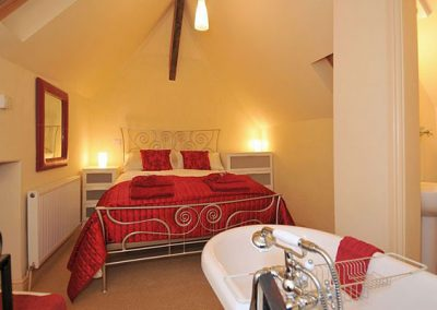 The bedroom @ Sweet Rose, Old Manor Farm, Torquay