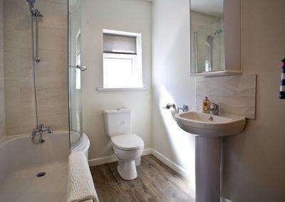 Bathroom @ The Beach Retreat, Paignton