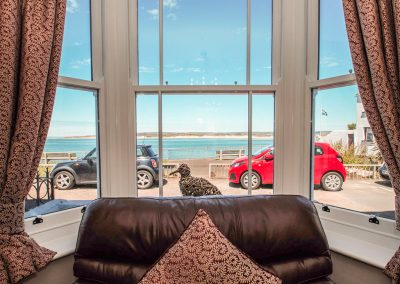 The living area at The Crab Shell, Appledore