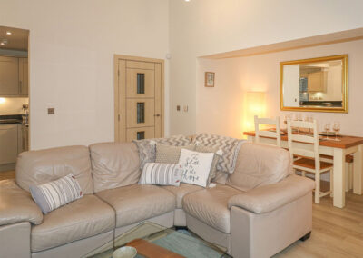 The living area at The Creekside, Looe