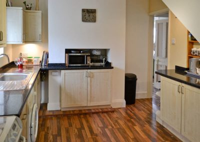 The kitchen at The Lookout, Moorings Apartments, Torquay