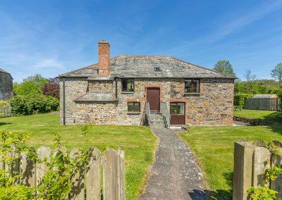 The garden at The Millhouse, Roserrow, Polzeath