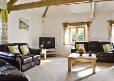 The living area at The Place 2 B, Higher Churchtown Farm, Tresmeer