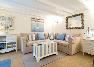 The stylish living room @ The Rigging, Polperro