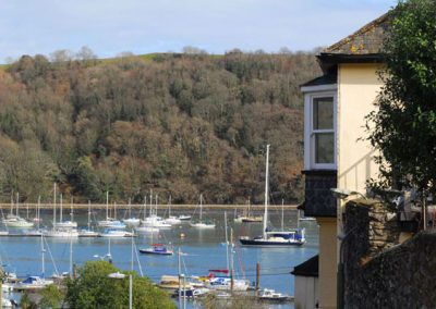 Outside Three Views, Dartmouth