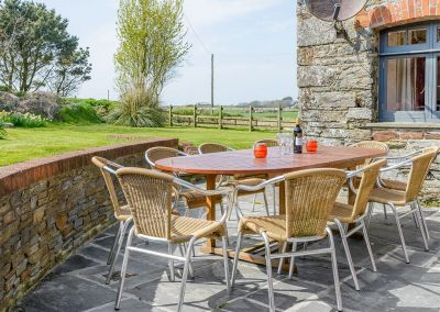 The patio & garden at Trescowthick Barn, St Newlyn East