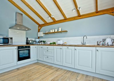The kitchen at Woodland View Lodge, Shute