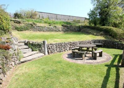 The patio & garden at Yenworthy Mill, Oare
